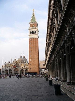 320px-Piazza_San_Marco_in_Venice,_with_St_Mark's_Campanile_and_Basilica_in_the_background