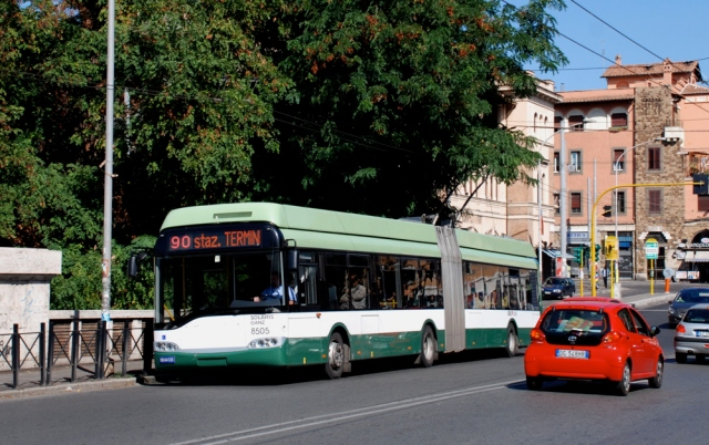 Roma filosnodato (dual-mode trolleybus) built by Solaris